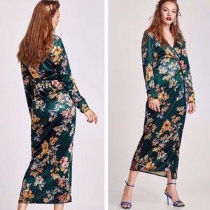 Zara Green Velvet Floral Print Wrap Kimono Dress